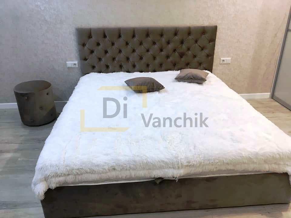 кроватка мягкая коричневая