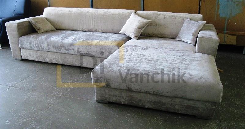 угловой диван в серебряном цвете под заказ