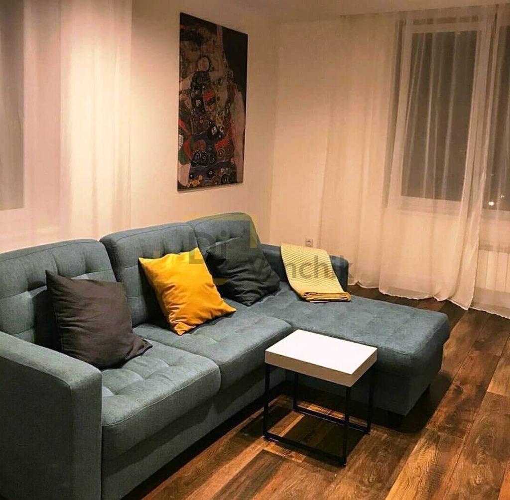 диван серый угловой с подушками