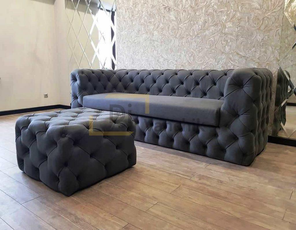 диван в пиковке с пуфиком