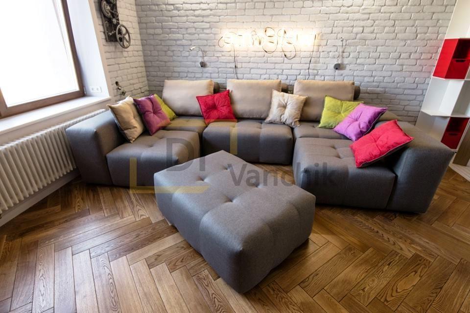 п образный авторский диван на заказ