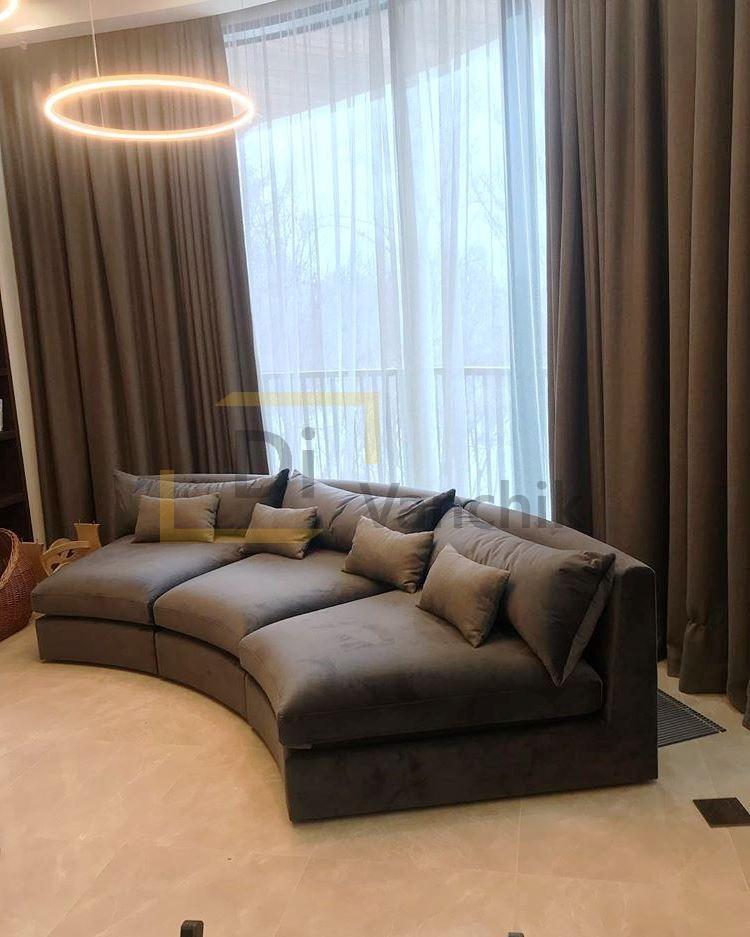 радиусный диван в гостиную на заказ