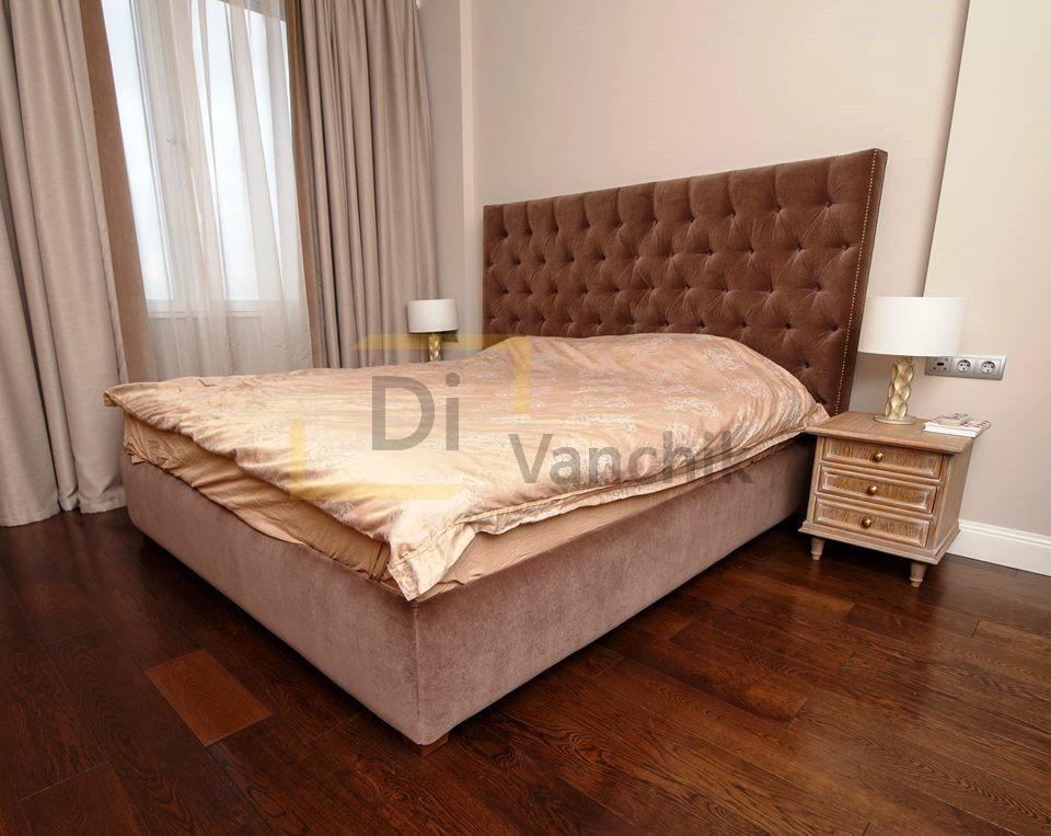 кровать для большой комнаты под заказ