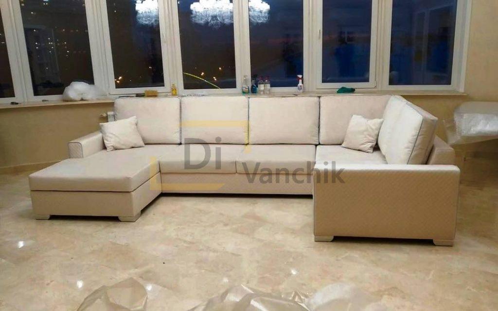светлый диван углом в гостиную