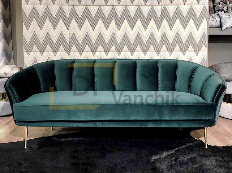 классический зеленый диванчик в магазин