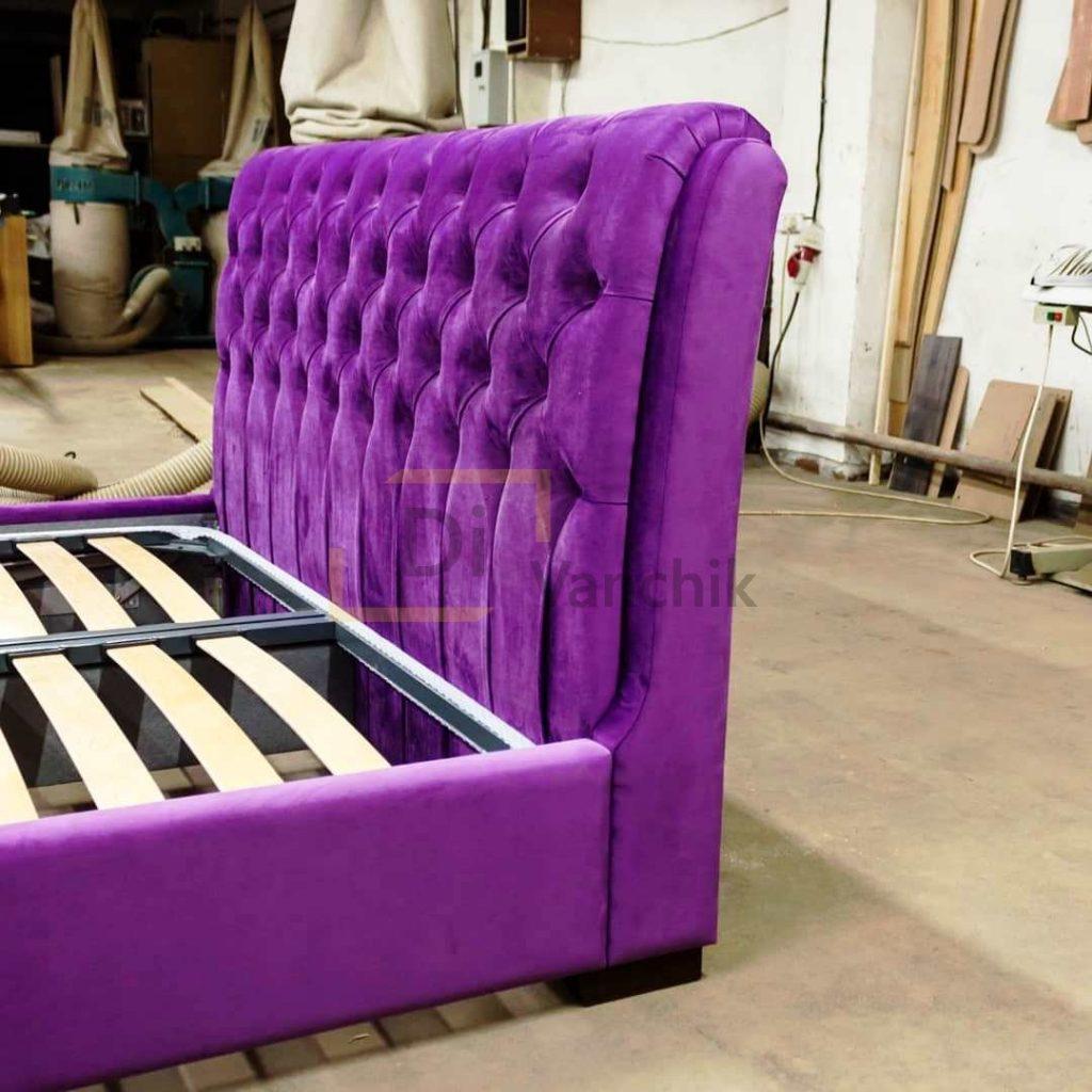 мягкое изголовье в пиковке фиолетовое