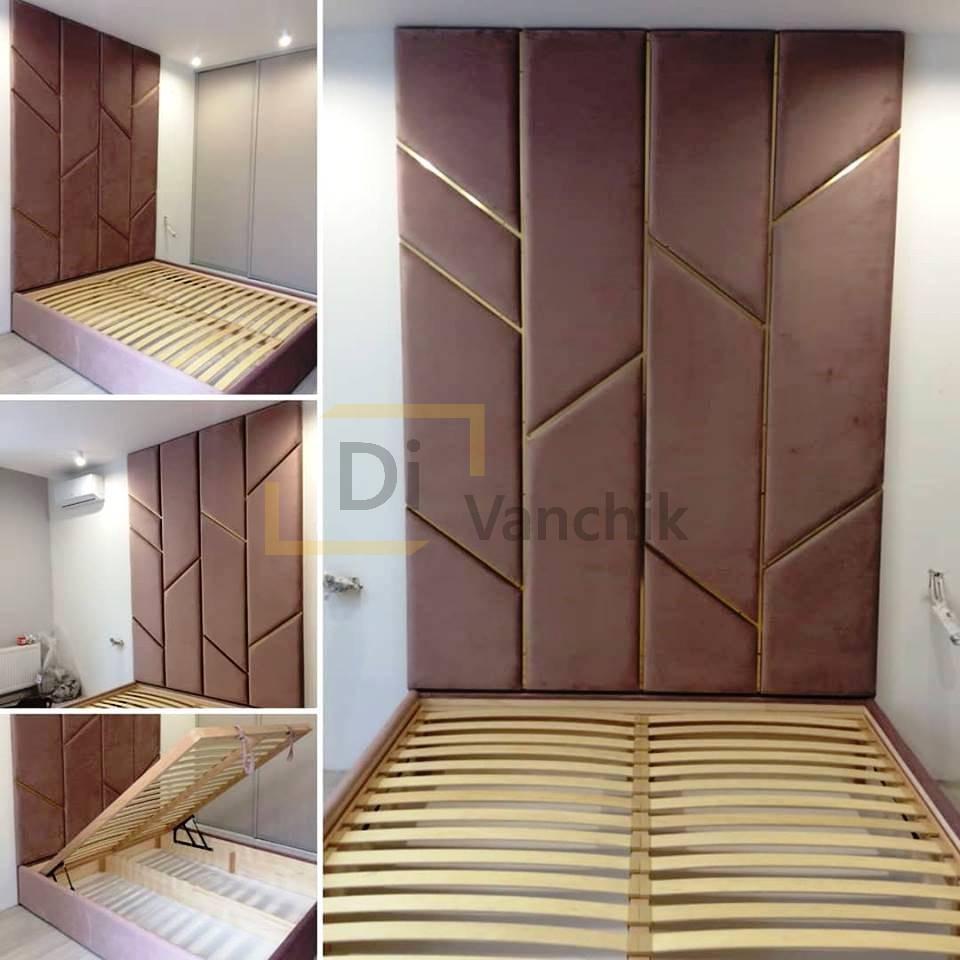 кровать с декором стеновой панелью