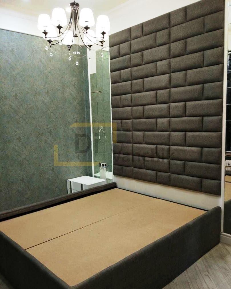 кровать со стеновой панелью мягкой