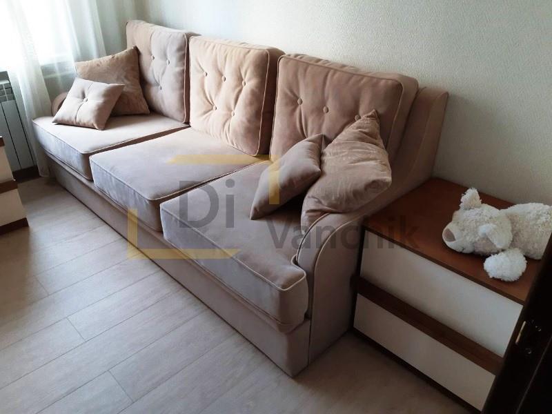изготовление прямого дивана светлого