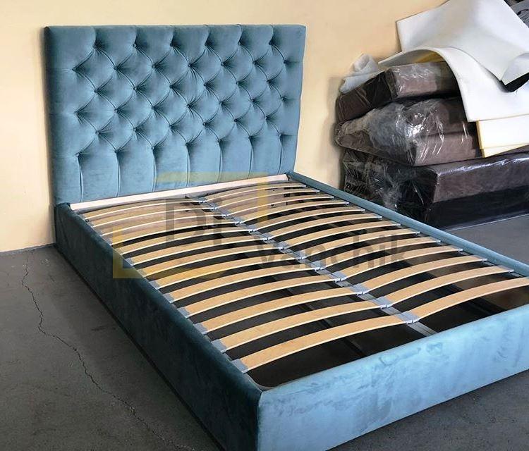 кровать с пиковкой велюр на заказ
