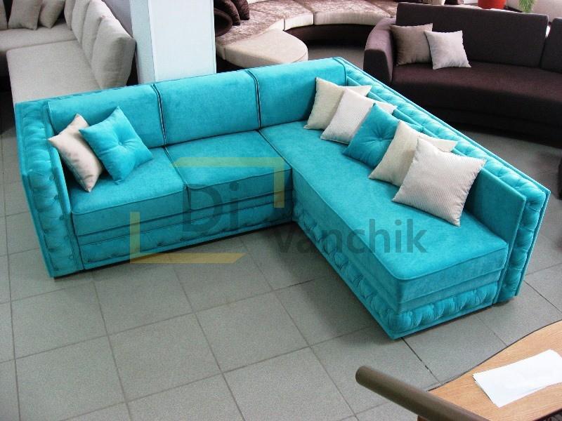 диван бирюзовый в салоне мягкой мебели