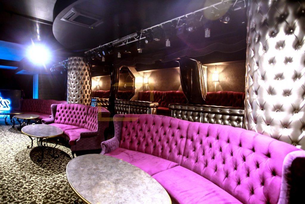 радиусный диван для ночного клуба киев