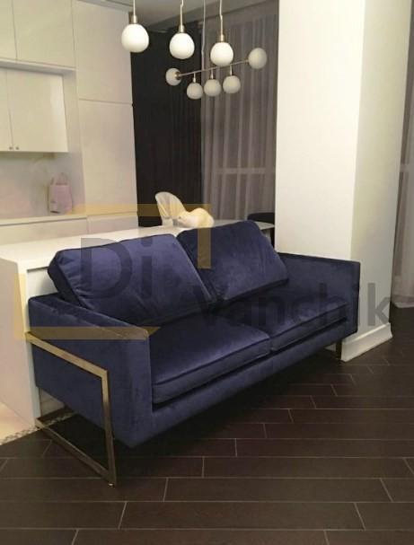 диван на металлических ножках заказать