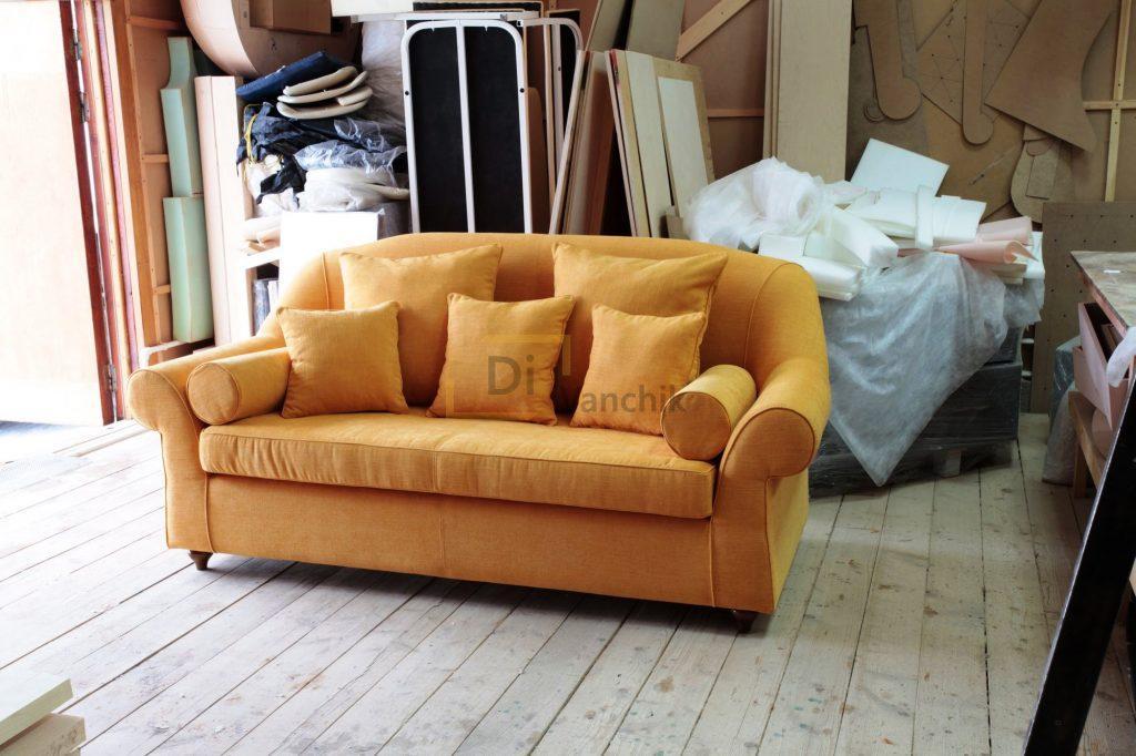 небольшой диван в нашем цеху на заказ