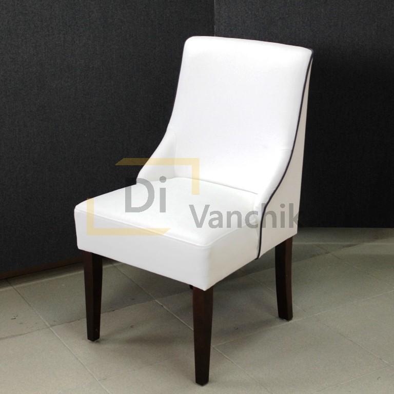 стул белый с черным кантом на деревянных ножках