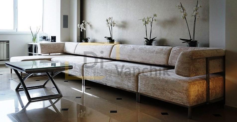 модульный диван на металлическом каркасе